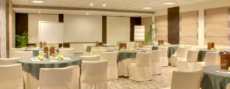 Choosing the Right Corporate Party Venue