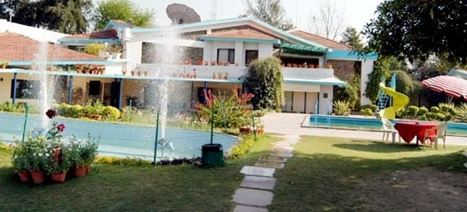 Find the best Luxury resorts in Gurgaon