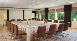 WHY YOU SHOULD HAVE YOUR BUSINESS MEETINGS AT A RESORT